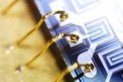 超细金属纤维柔性功能织物—有色金属单丝微线+电子导电布